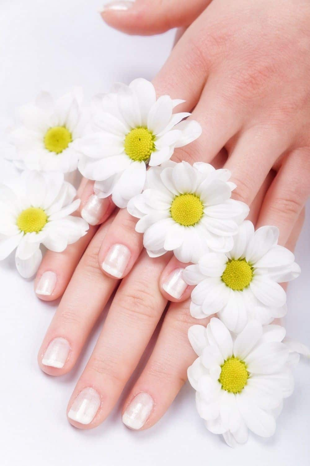 Liver Health May Be Reflected in the Fingernails - LiverSupport.com