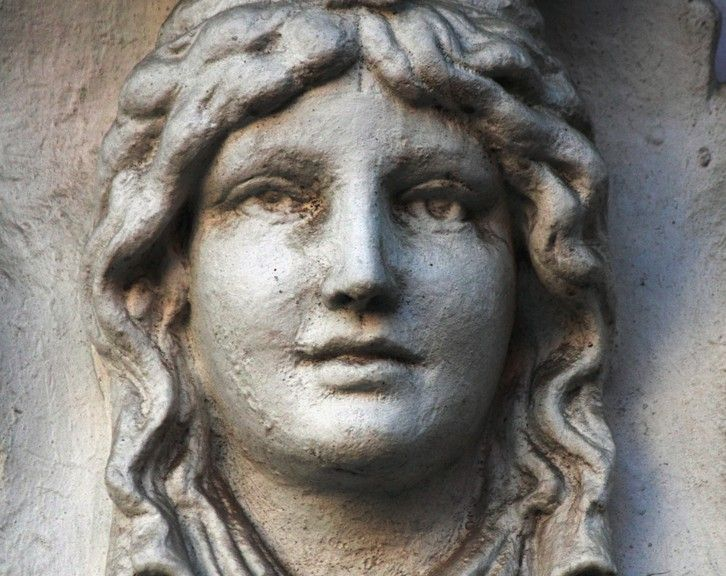 greek mythology importance Europe's rediscovery of its classical heritage, of greece and rome, from its christian interlude, though filled with wonder was not without its warts all that did.