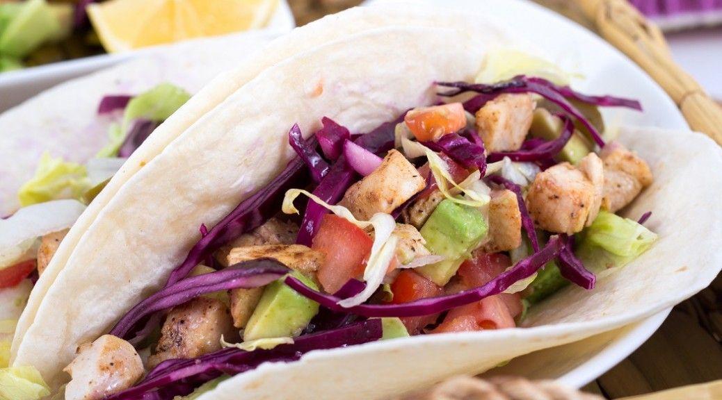 Fish Tacos with Chipotle Sauce and Fresh Pico de Gallo - LiverSupport.com