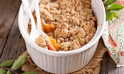 Clean Peach Crumble